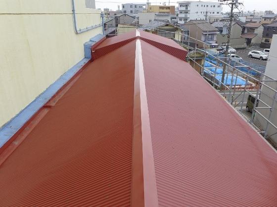 トタン屋根完成