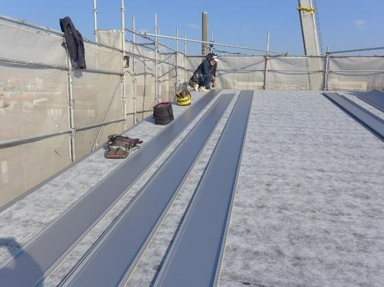 沼津市五月町では、屋根工事・バルコニー防水工事も完了しています