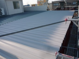 折版葺き 増築工事