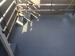 屋上の床施工後