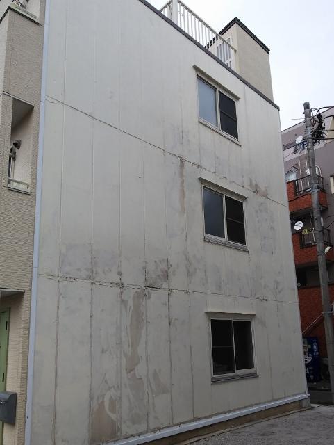 沼津市市道で外壁の補修見積りの依頼があり現地調査