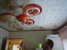 天井 シミ