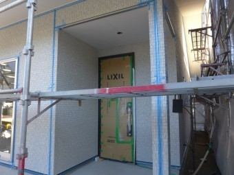 静岡市清水区三保 H様邸新築現場-24 サイディングの板間コーキング工事