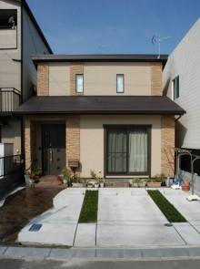 天窓設置の静岡市葵区中田の住宅